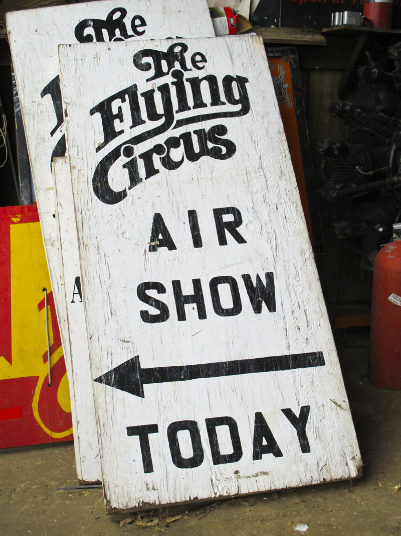 2012flightvw_aircircussign
