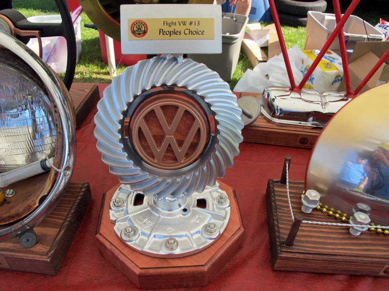 2014_05_04_VWCruisers_People'sChoice_Trophy