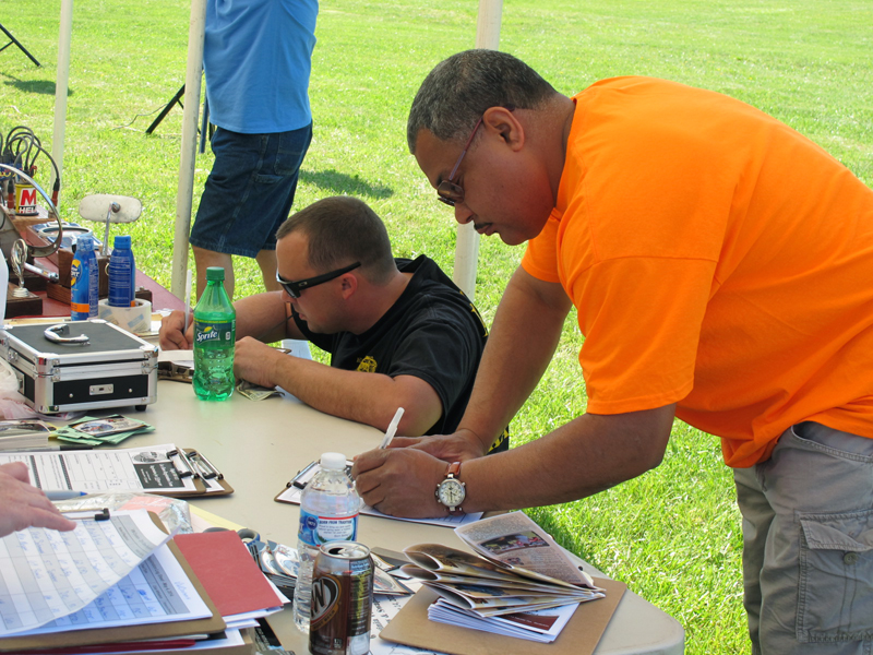 2014_05_04_VWCruisers_RegistrationTable