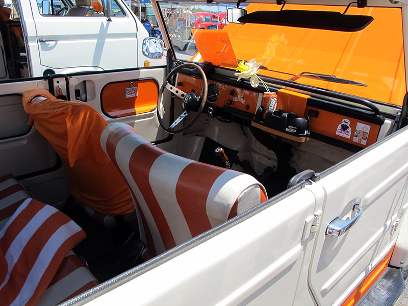 2015_05_24_Bug-Out77 - Nice-White-THING-interior.jpg
