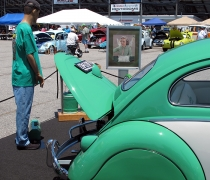 2015_05_24_Bug-Out77 - 1958Two-Toned-Bug-with-Manikin.jpg
