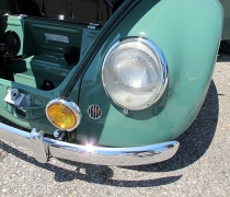 2015_05_24_Bug-Out77 - 56Oval-Green_Headlights_ARROW.jpg