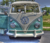 21 Window VW Bus at C3V - Front View